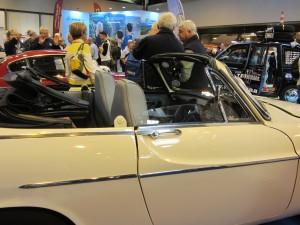 Convertable Volvo 1800 s
